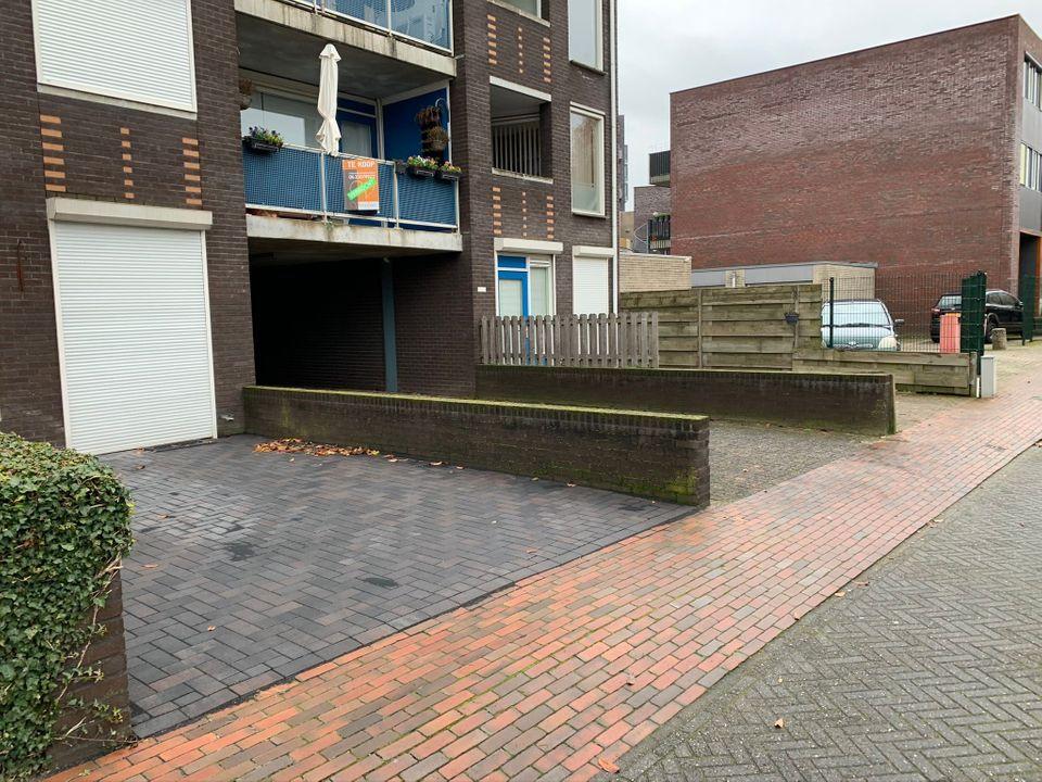 Parkeerplaats Telefoonweg/Ketelstraat Ede ong, Ede foto-small