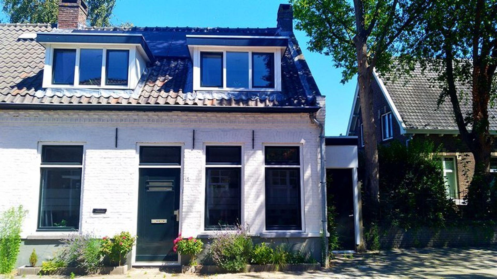 Tuinstraat, Eindhoven foto-1 blur