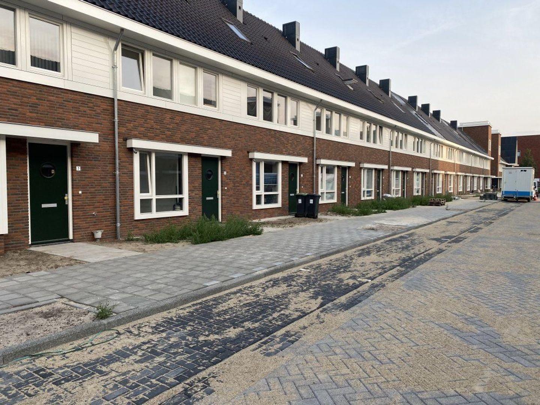 Cellostraat, Eindhoven foto-1 blur
