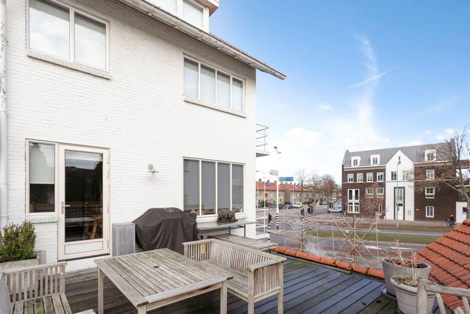 St Jorislaan, Eindhoven foto-17 blur