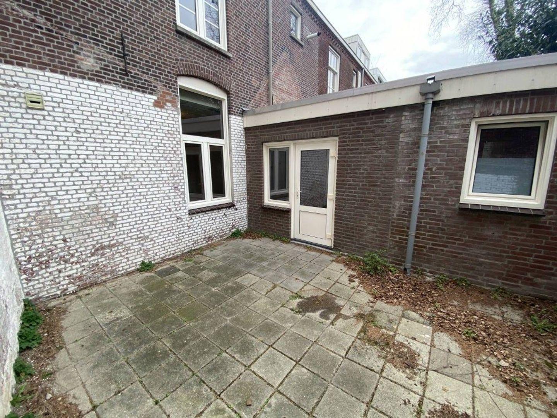 Heilige Geeststraat, Eindhoven foto-8 blur