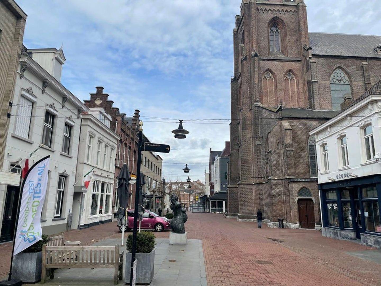 Kerkstraat, Helmond foto-14 blur