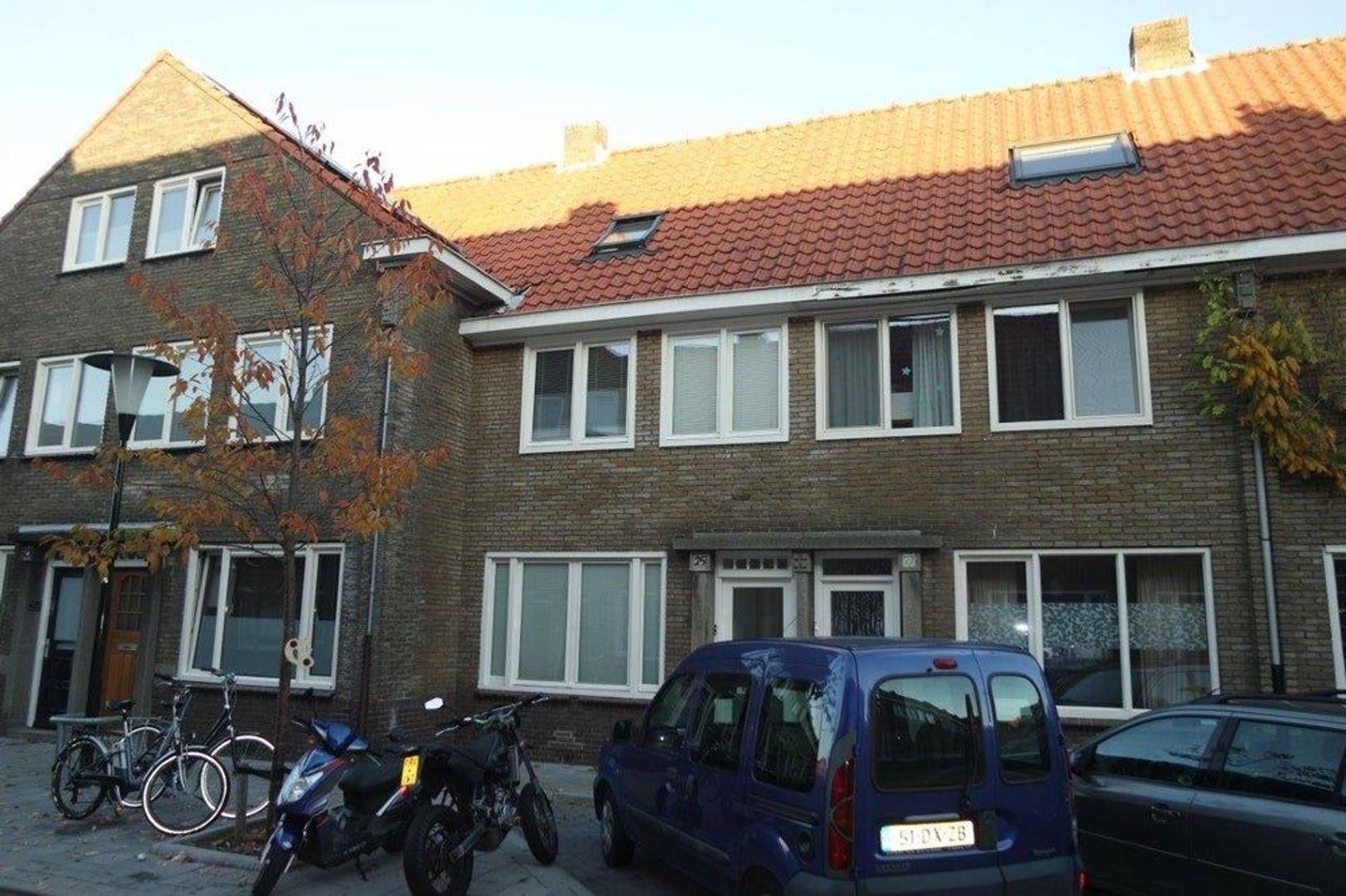 Korenbloemstraat, Eindhoven foto-0 blur