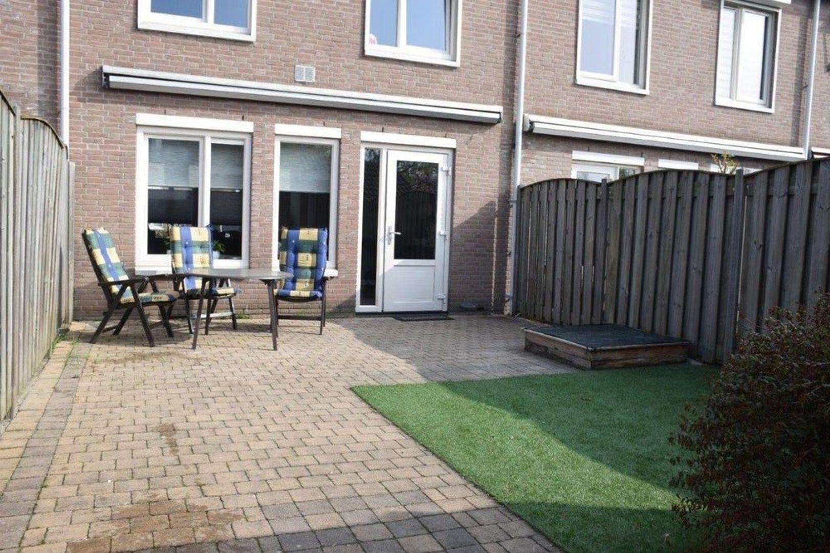 Annie Romein-Verschoorstraat, Eindhoven foto-12 blur