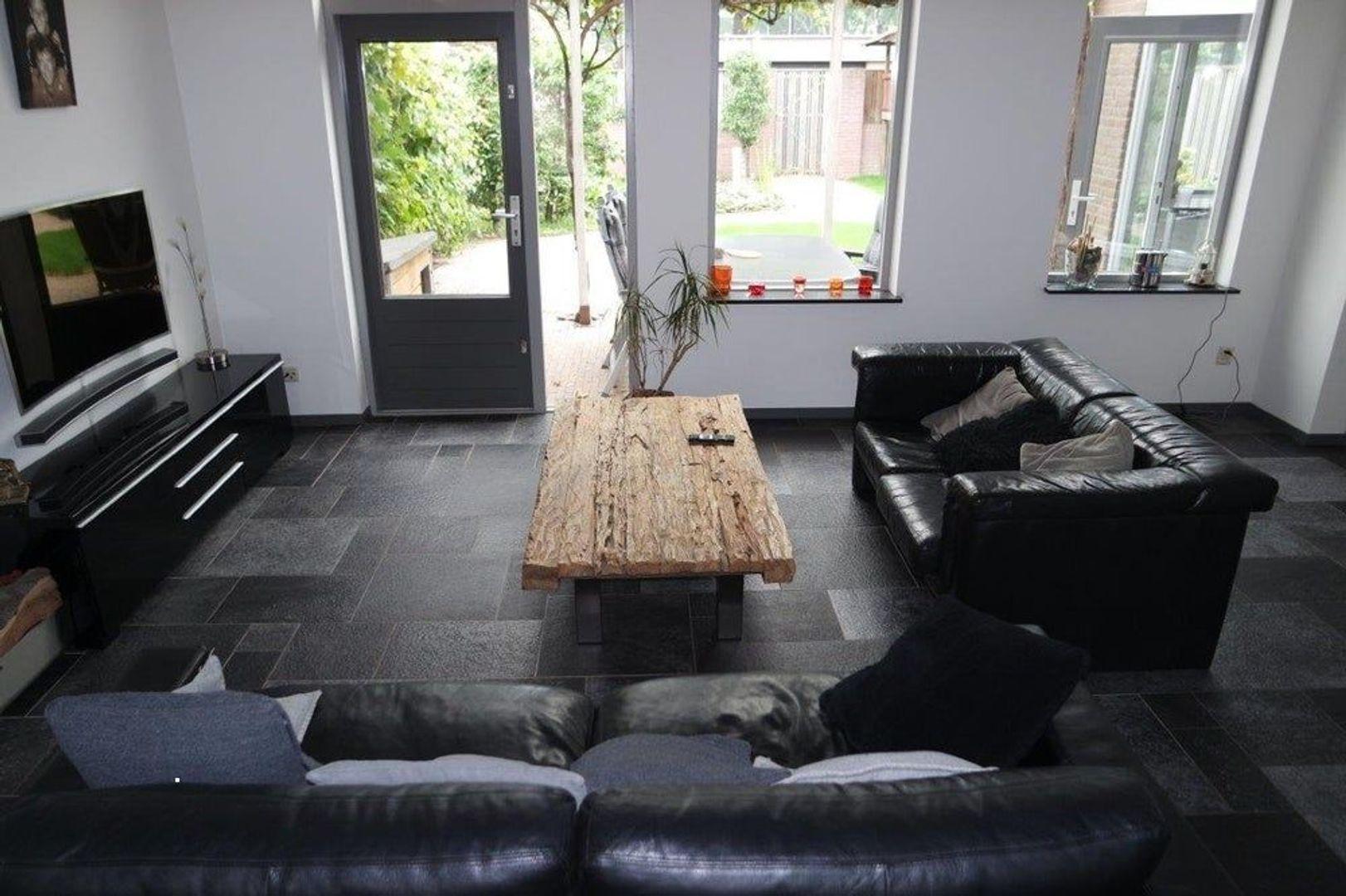 Champagnehof, Eindhoven foto-3 blur