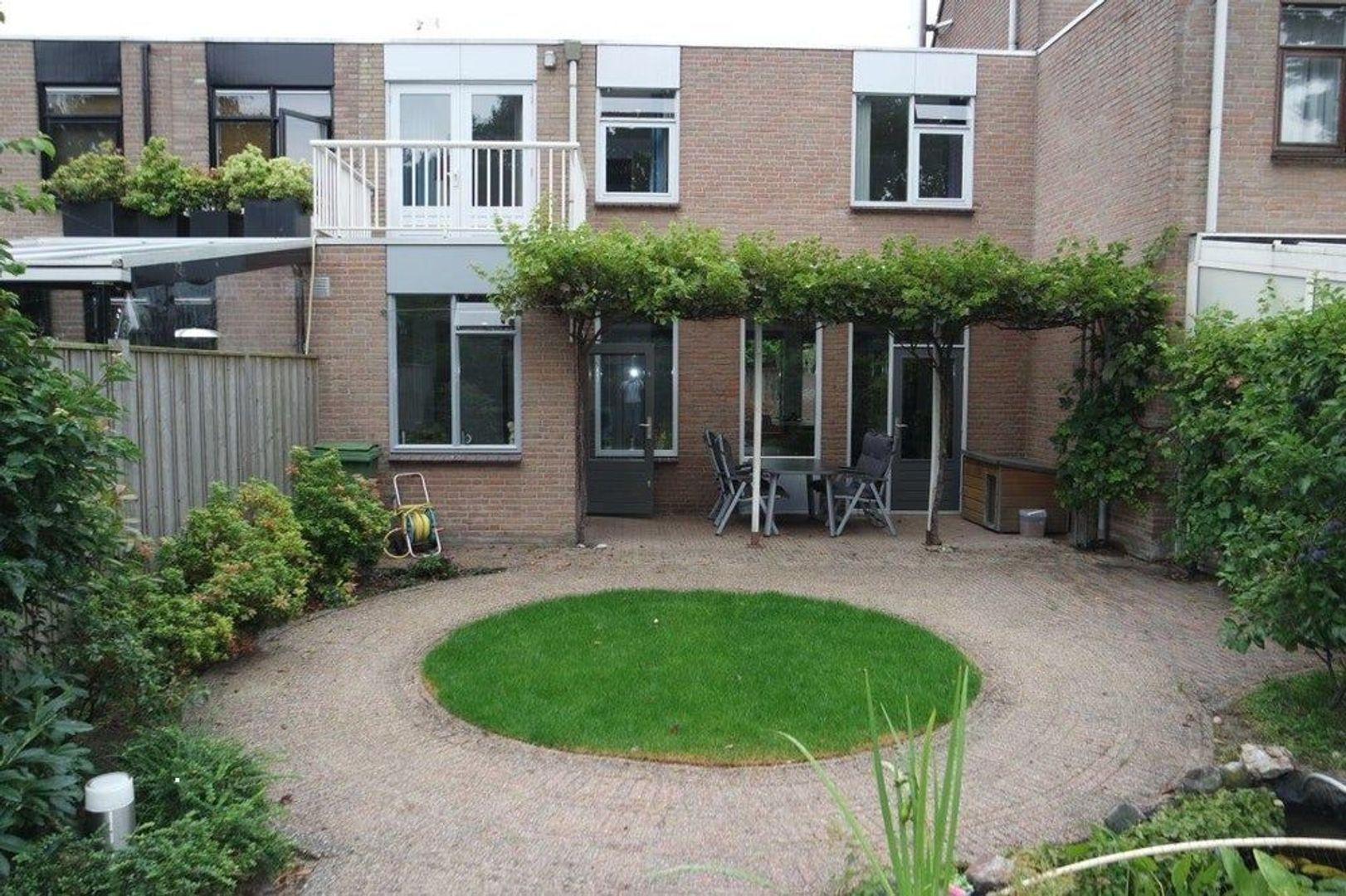 Champagnehof, Eindhoven foto-9 blur