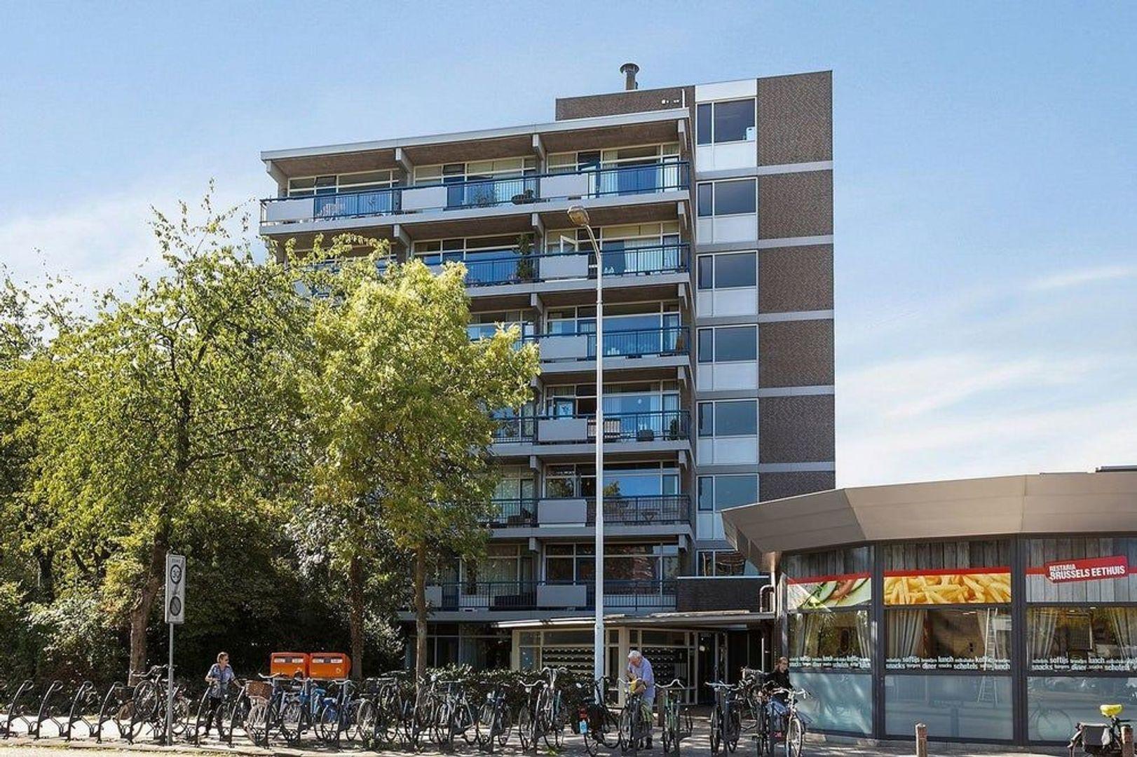 Kastelenplein, Eindhoven foto-0 blur