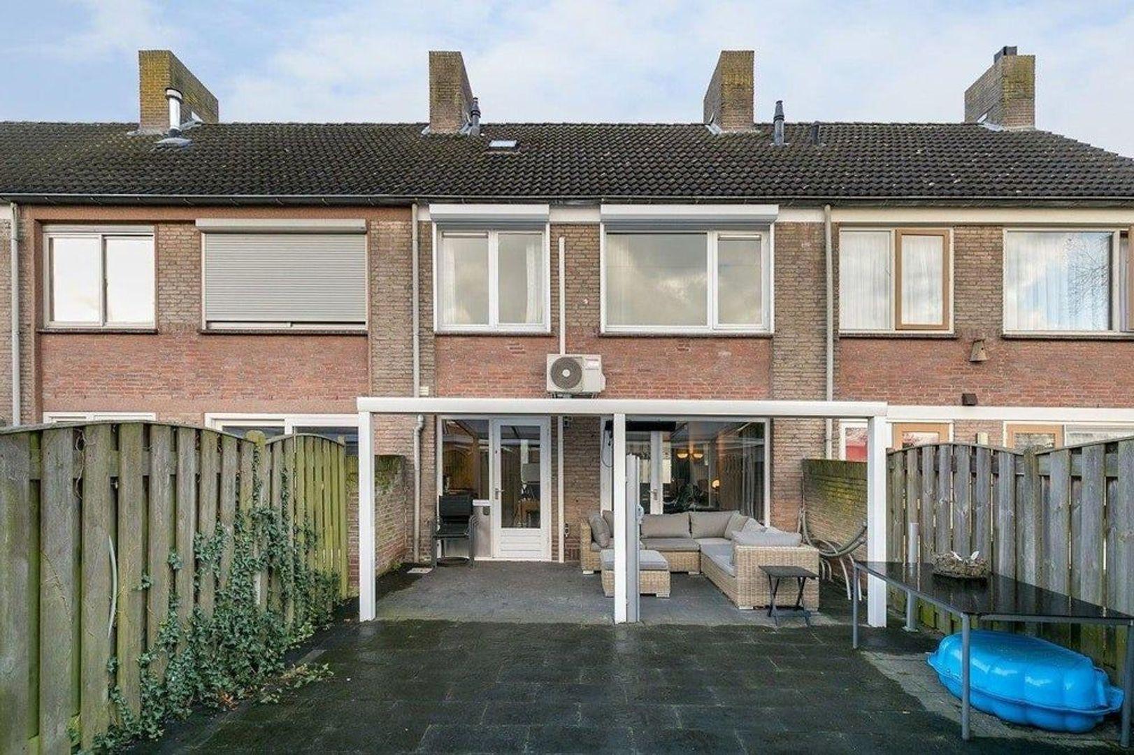 Chopinlaan, Eindhoven foto-13 blur