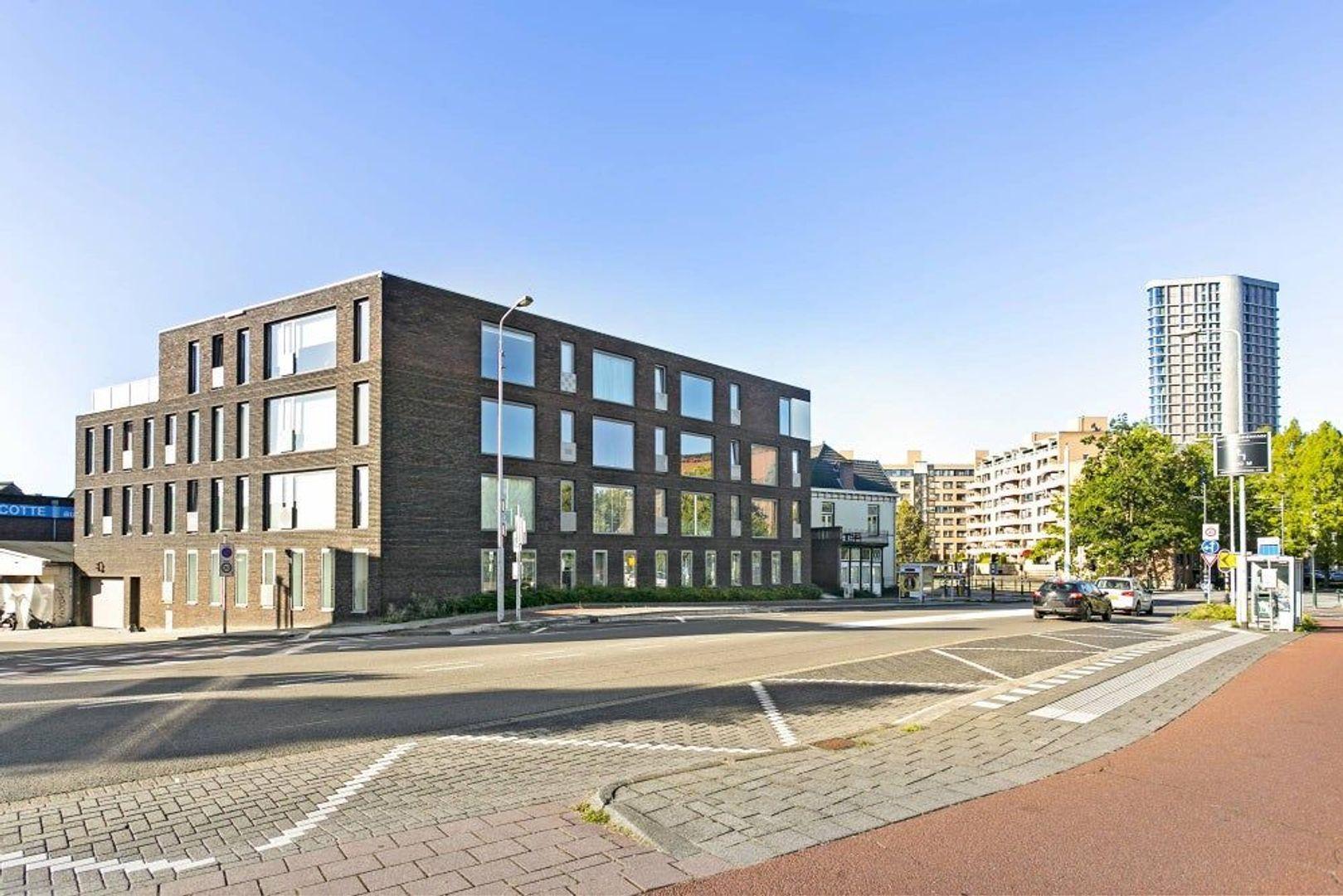 Kanaaldijk-Zuid, Eindhoven foto-1 blur