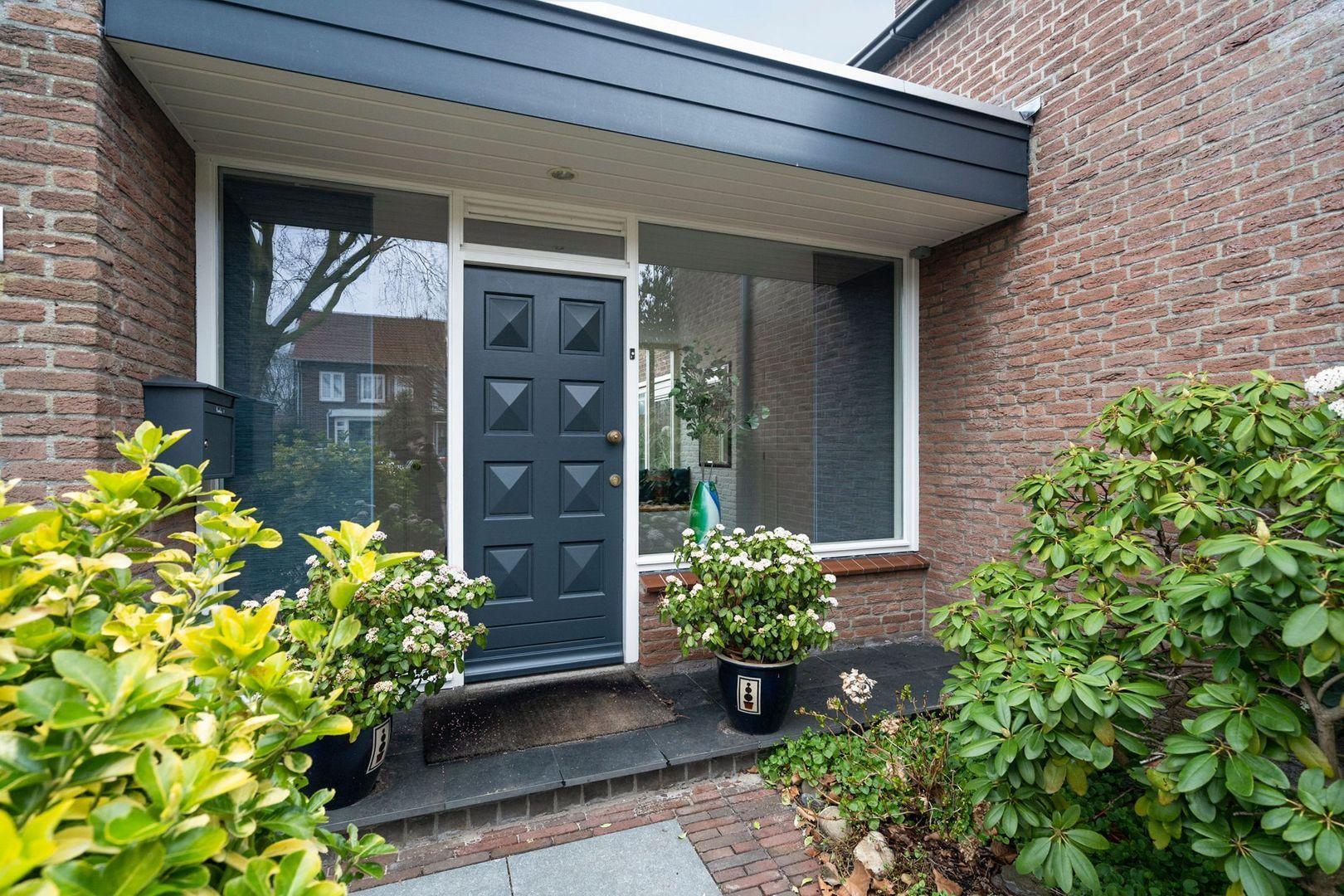 Vrijheidslaan 1, Nieuwerkerk A/d Ijssel foto-