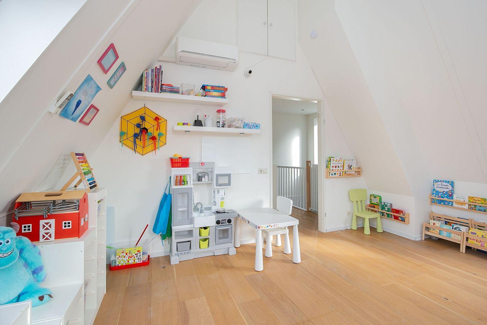 Marc Chagallstraat 28, Rotterdam foto-