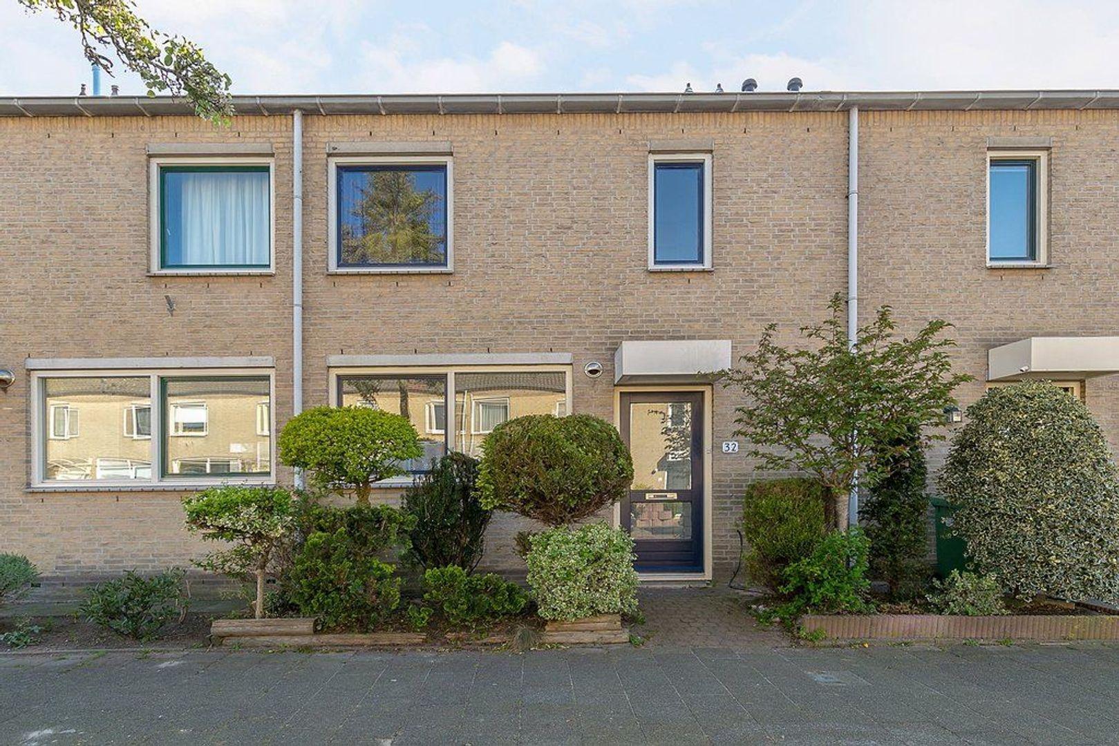 Leeuweriklaan 32, Rijswijk foto-0