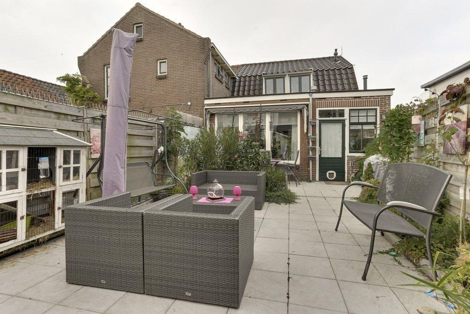 Dorpsstraat 66, Benthuizen foto-24
