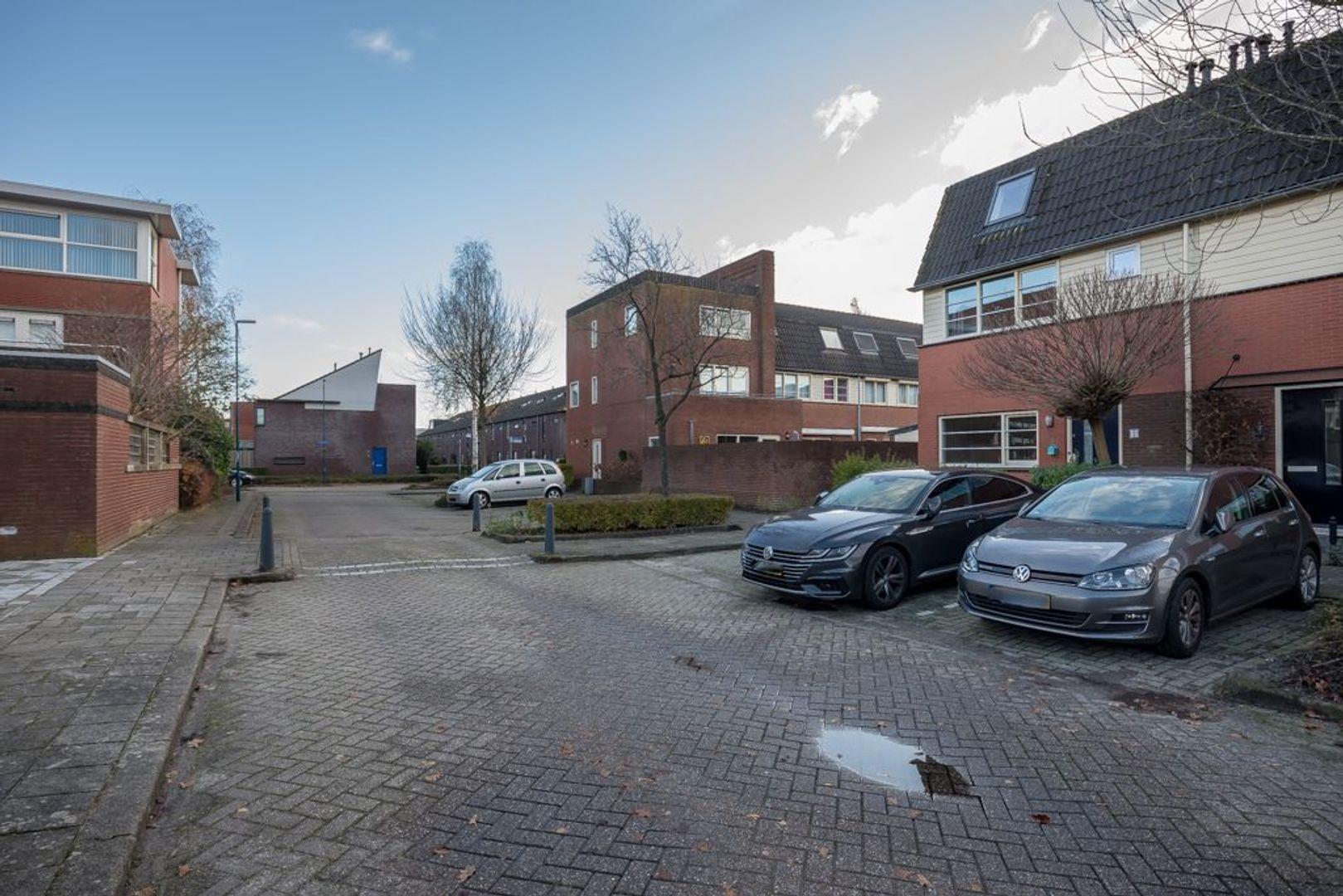 Ebbehout 2, Zoetermeer foto-7