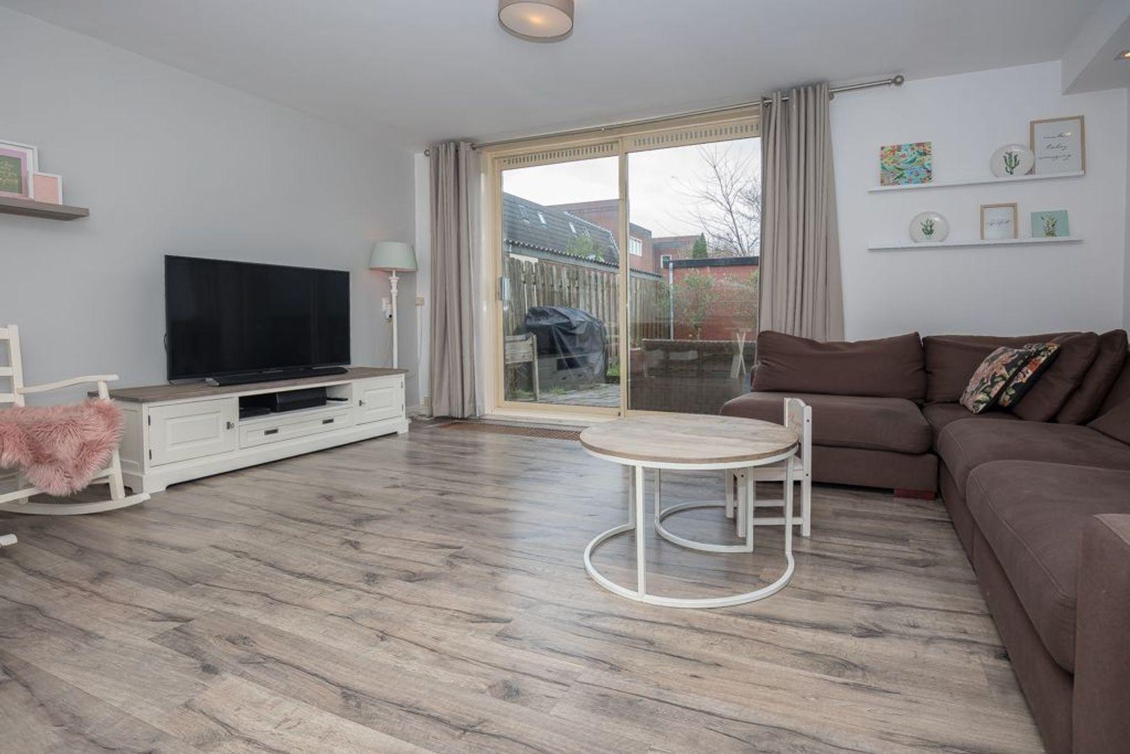 Ebbehout 2, Zoetermeer foto-14