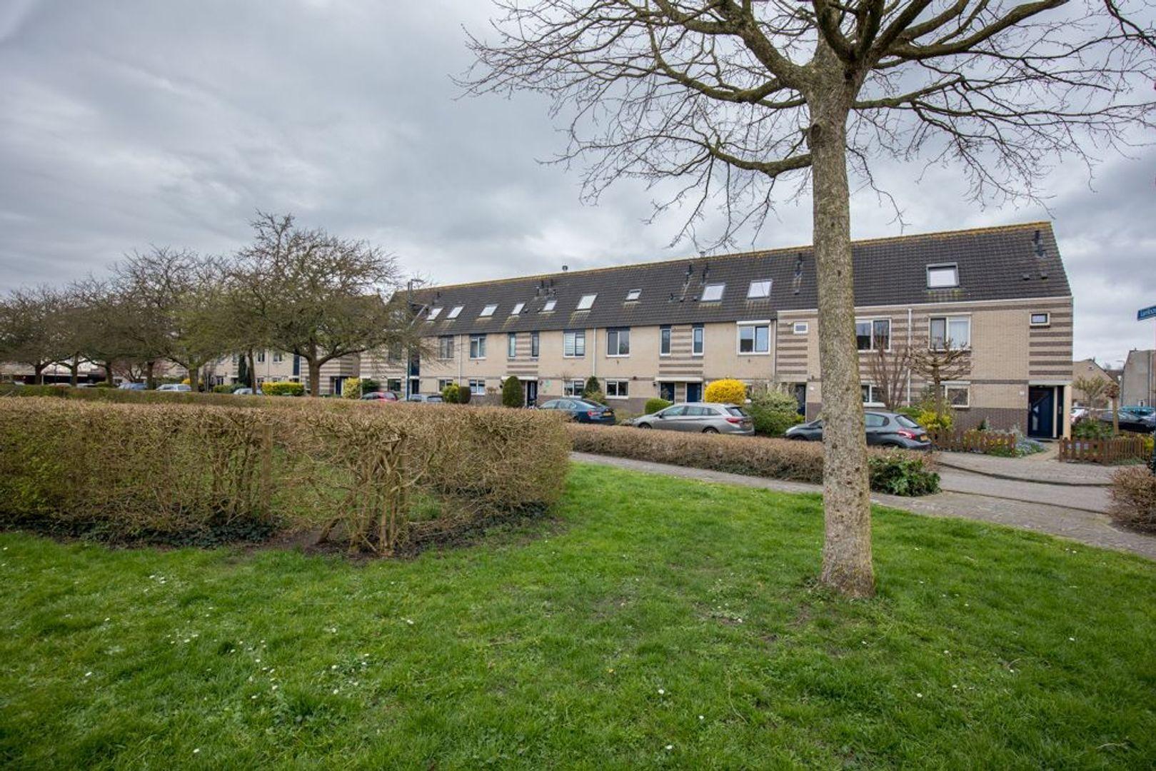 Larikszoom 23, Zoetermeer foto-2