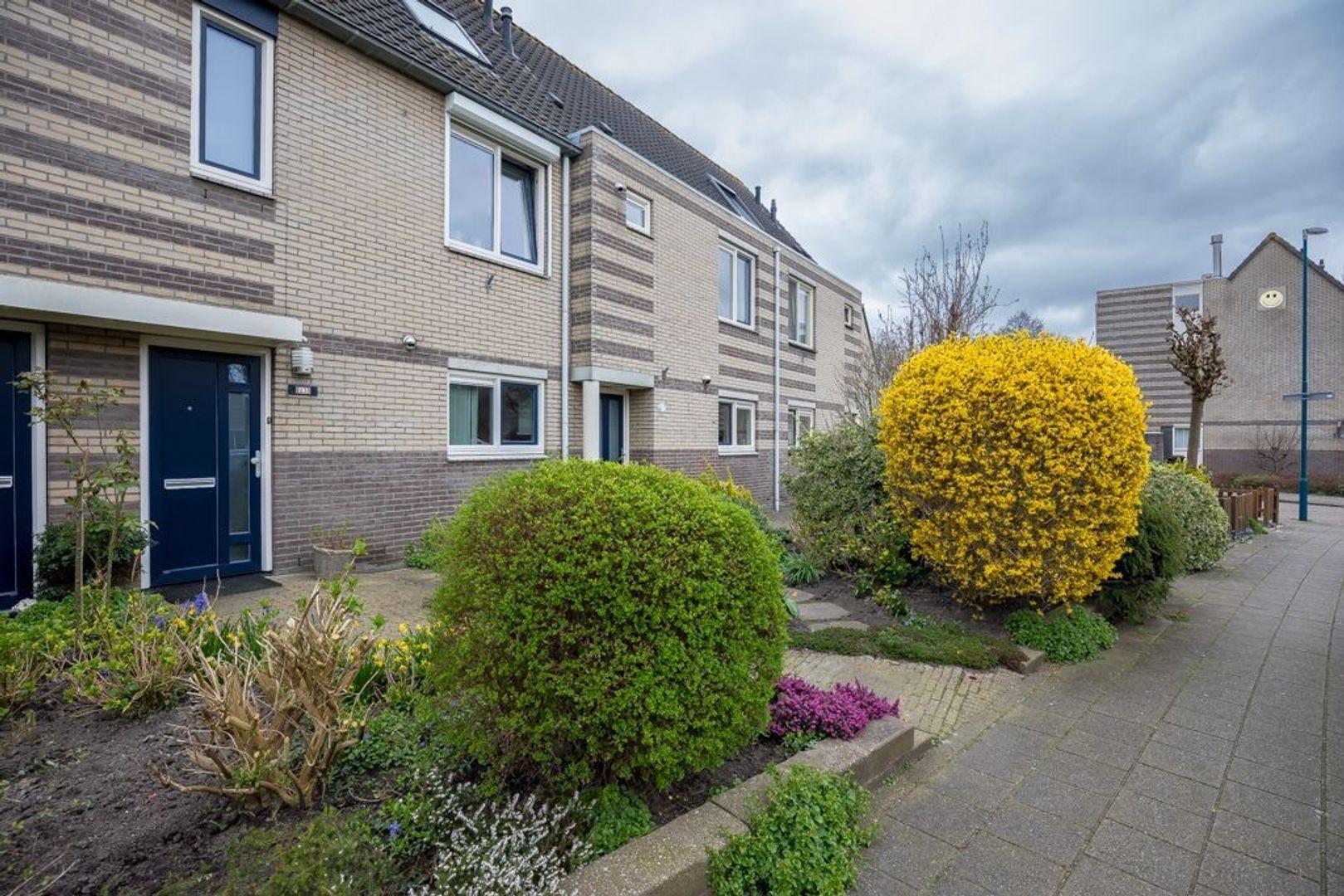 Larikszoom 23, Zoetermeer foto-3