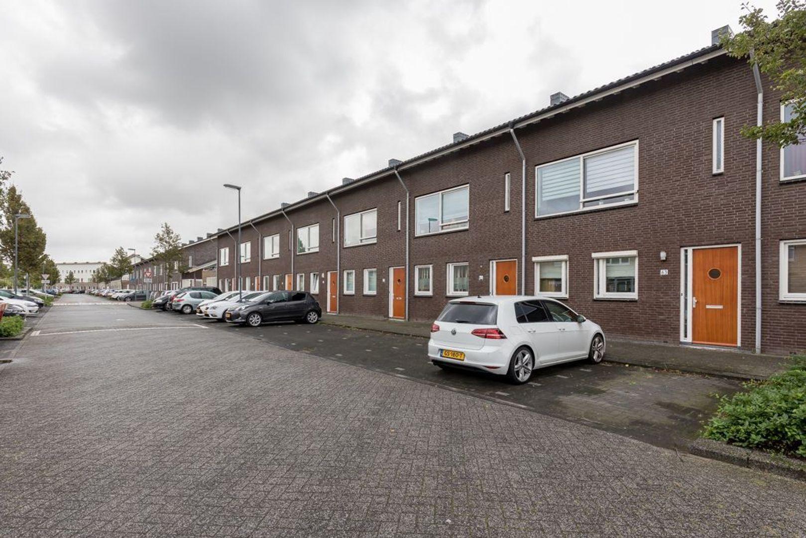 Hebriden 63, Zoetermeer foto-2