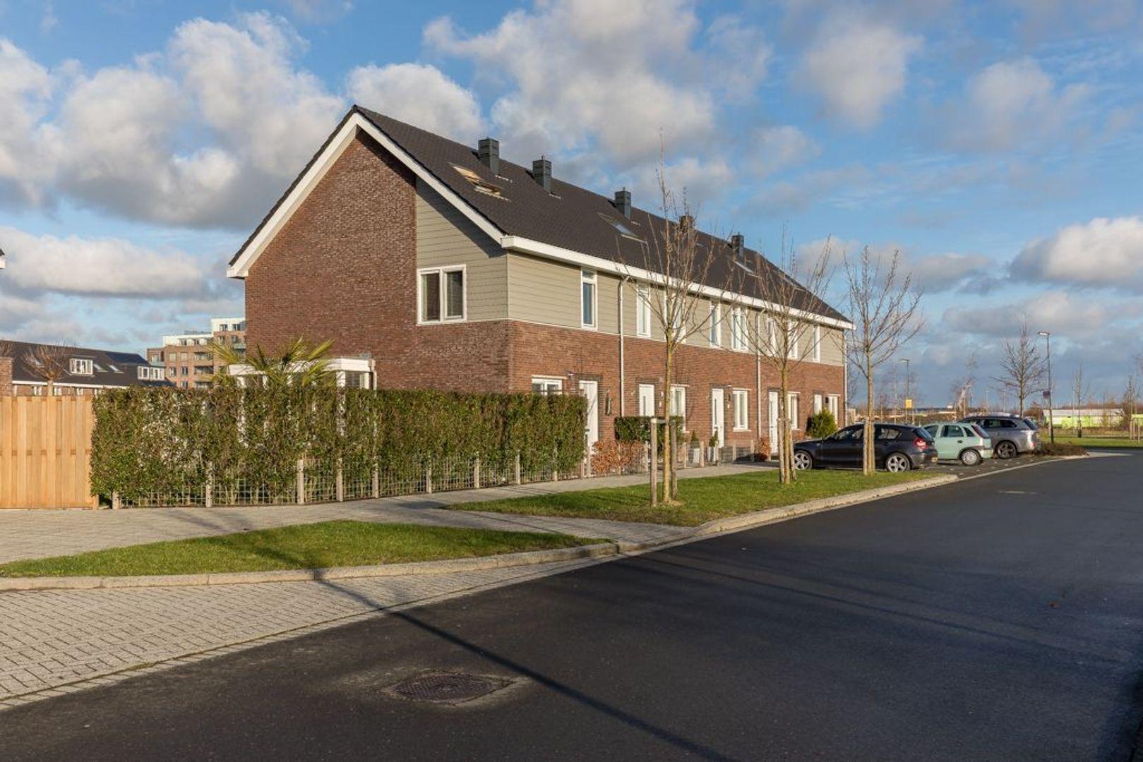 Burgemeester Middelberglaan 59, Zoetermeer foto-0