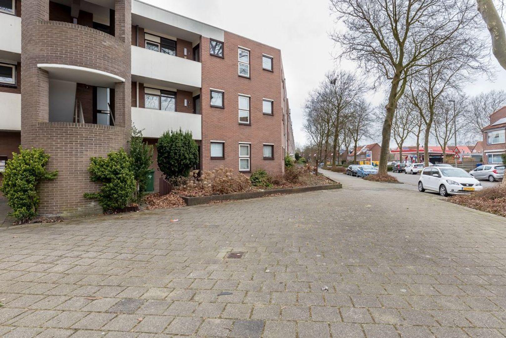 Kalverweide 11, Zoetermeer foto-2