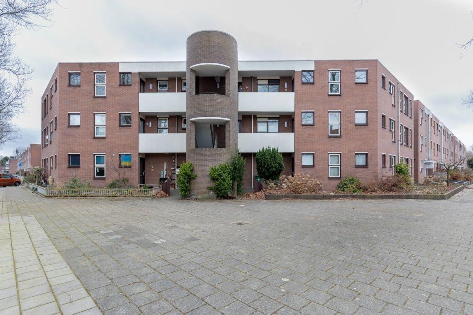 Kalverweide 11, Zoetermeer foto-0