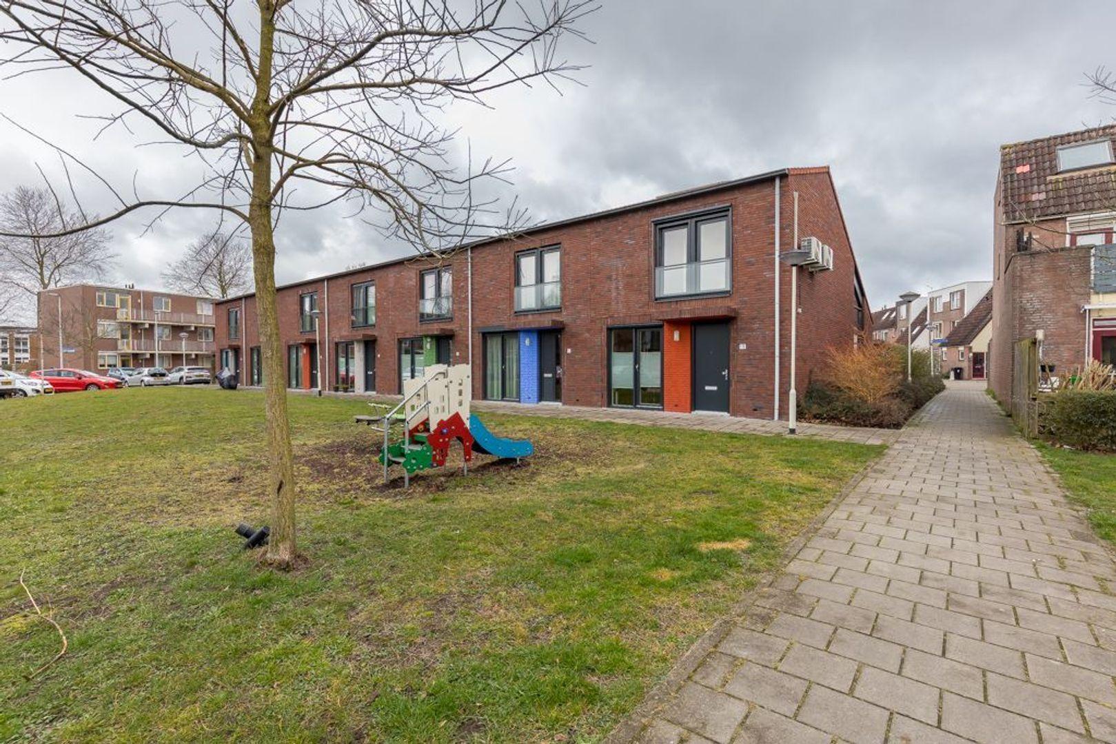 Chrysantentuin 13, Zoetermeer foto-1