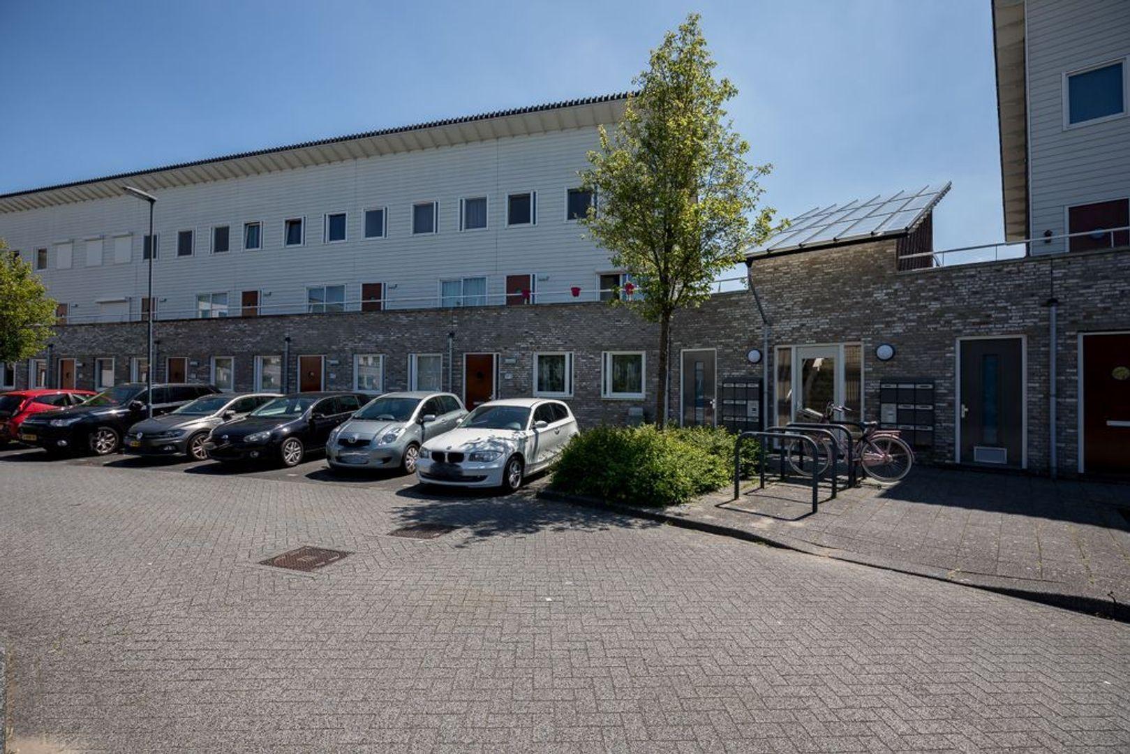 Hebriden 207, Zoetermeer foto-5