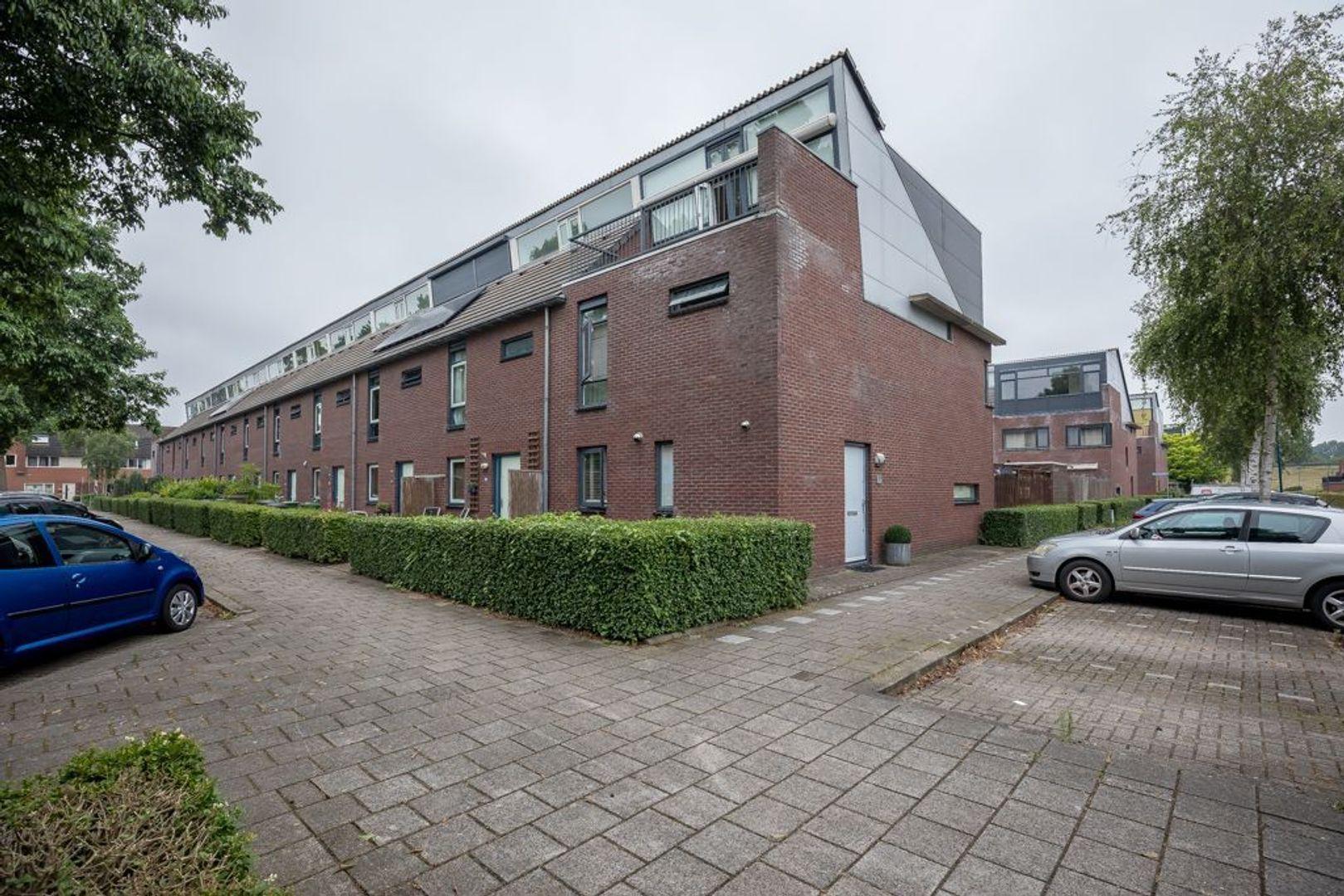 Balsahout 35, Zoetermeer foto-0