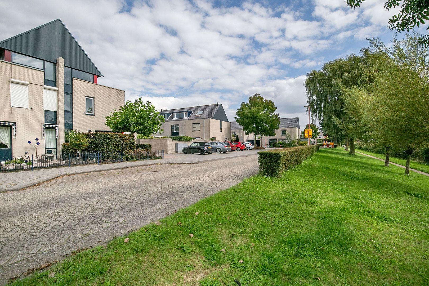 Poortlaan 65, Oud-Beijerland foto-33 blur