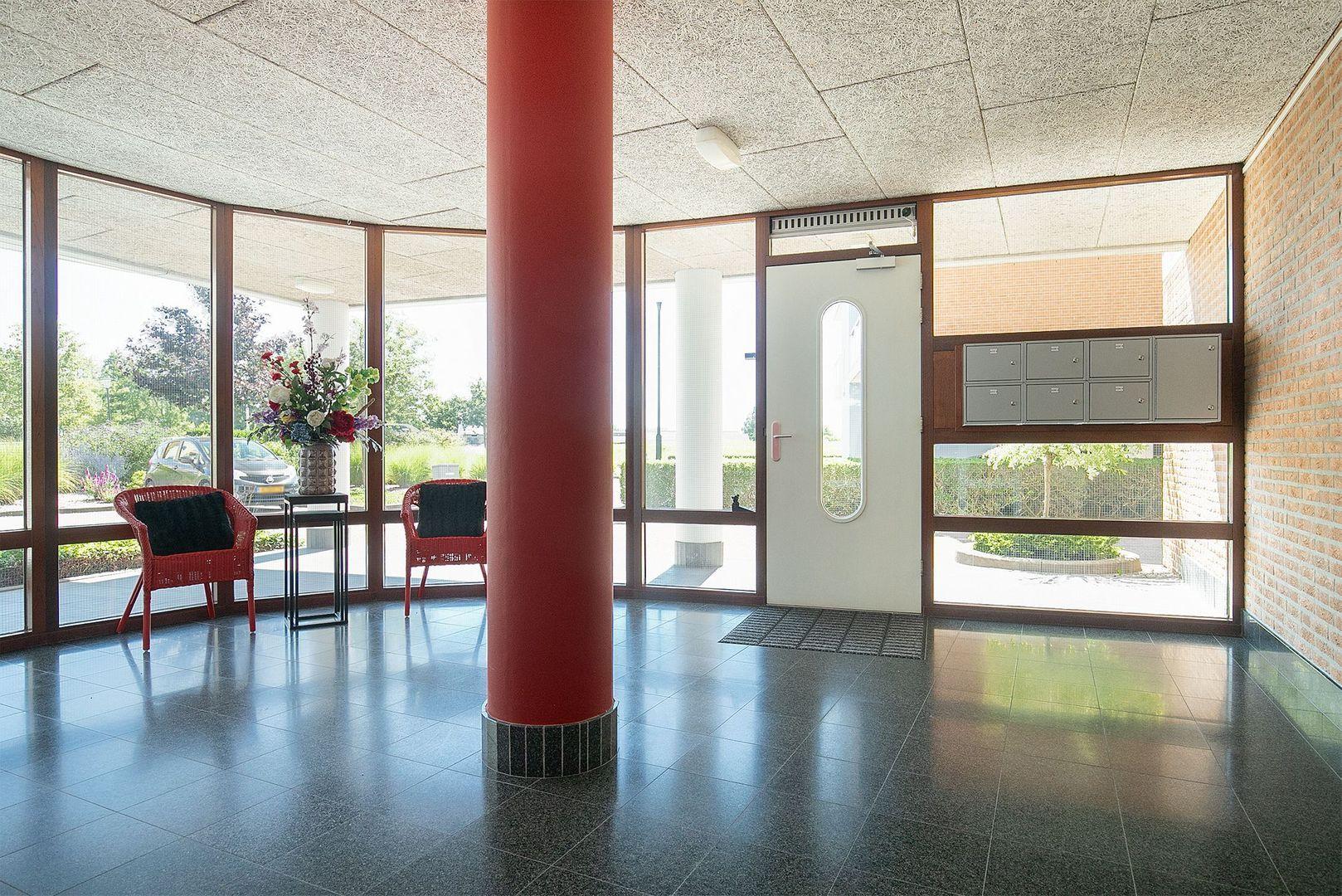 Scheepswerf 208, Nieuw-Beijerland foto-2 blur