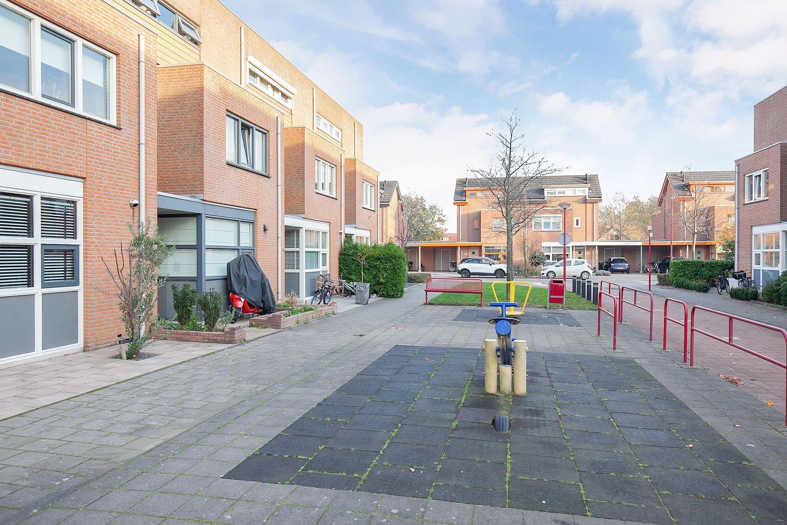 Lisztplein 17, Oud-Beijerland foto-20 blur