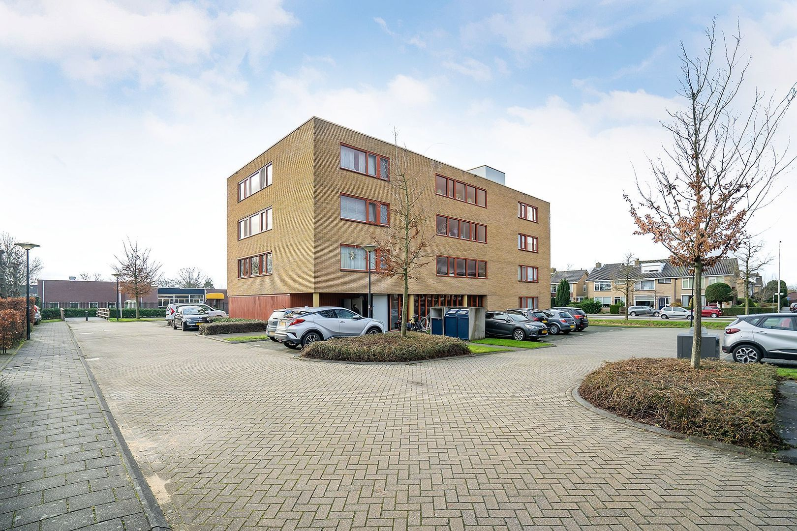 Dokter Herskade 36, Oud-Beijerland foto-1 blur