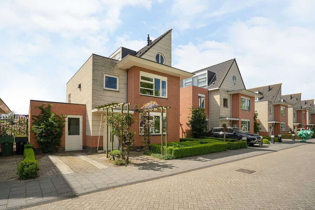 Kloosring 23, 3261 SE Oud-Beijerland