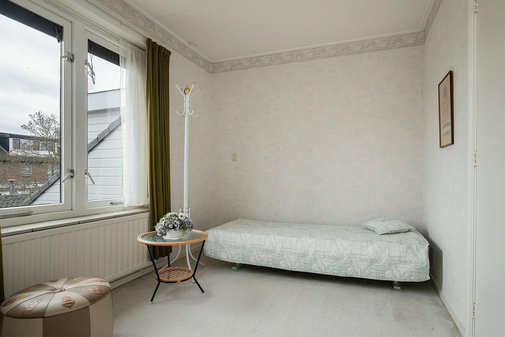 Prinses Irenestraat 20, Oud-Beijerland foto-21 blur