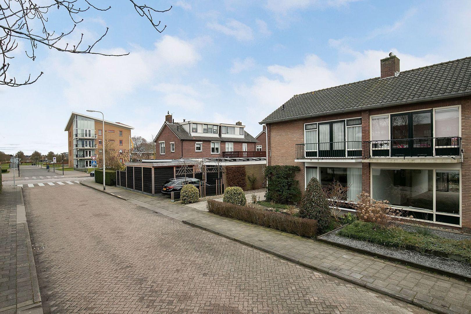 Prinses Irenestraat 20, Oud-Beijerland foto-31 blur