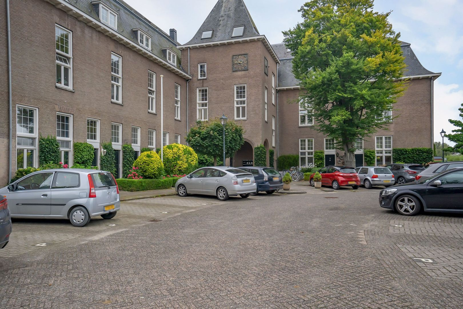 H.B.S.Laan 38, Oud-Beijerland foto-31 blur