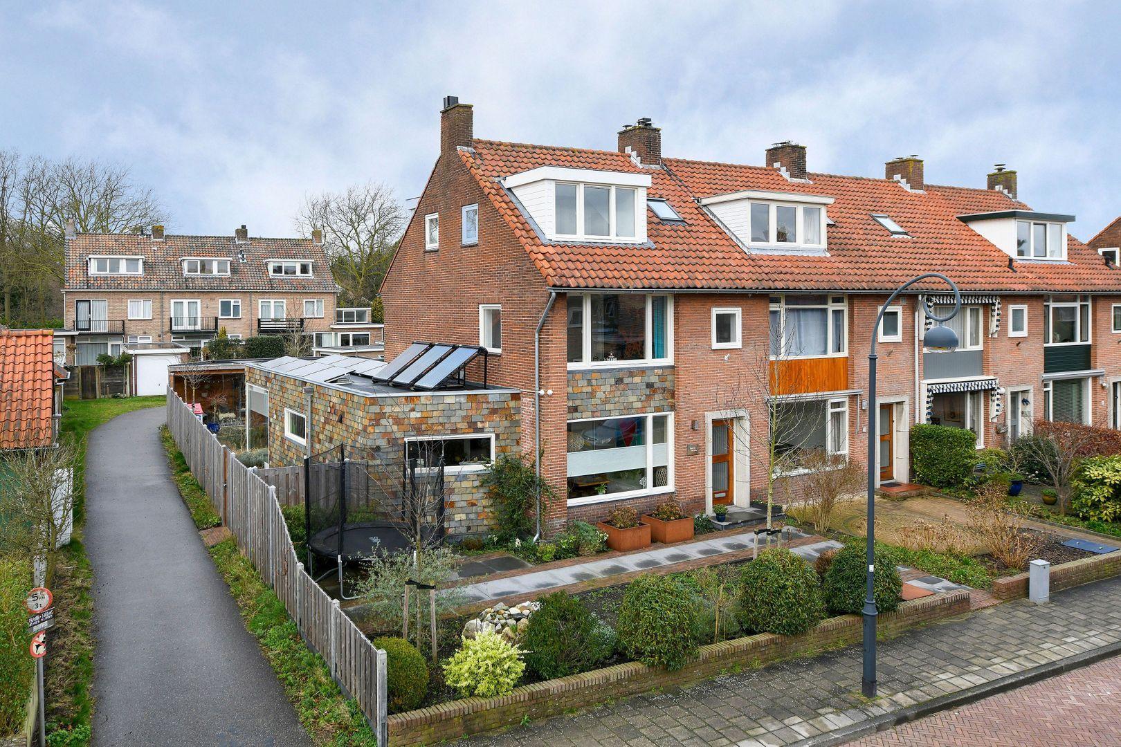 Ligusterlaan 27, Haarlem foto-1