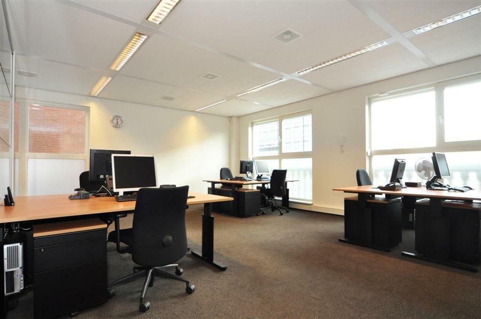 Laan van Vredenoord 17, Rijswijk foto-3 blur
