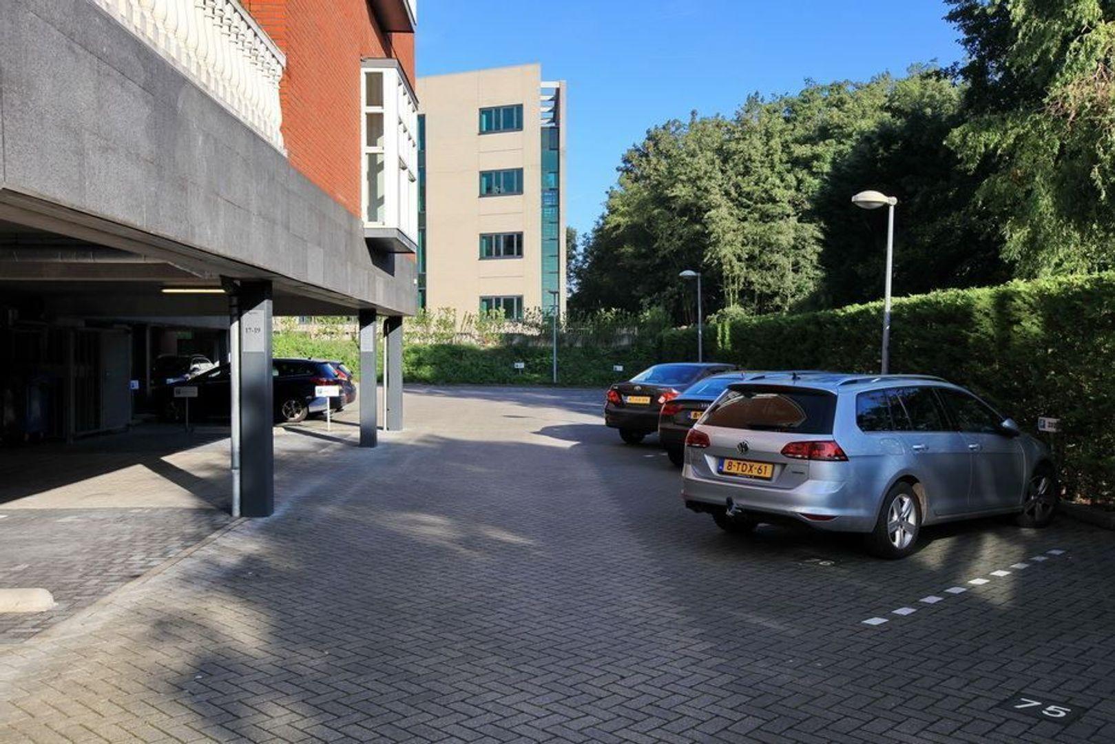 Laan van Vredenoord 17, Rijswijk foto-4 blur