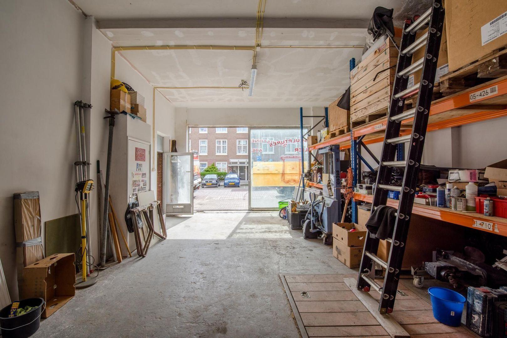 Gevers Deynootstraat 72, Den Haag foto-9 blur
