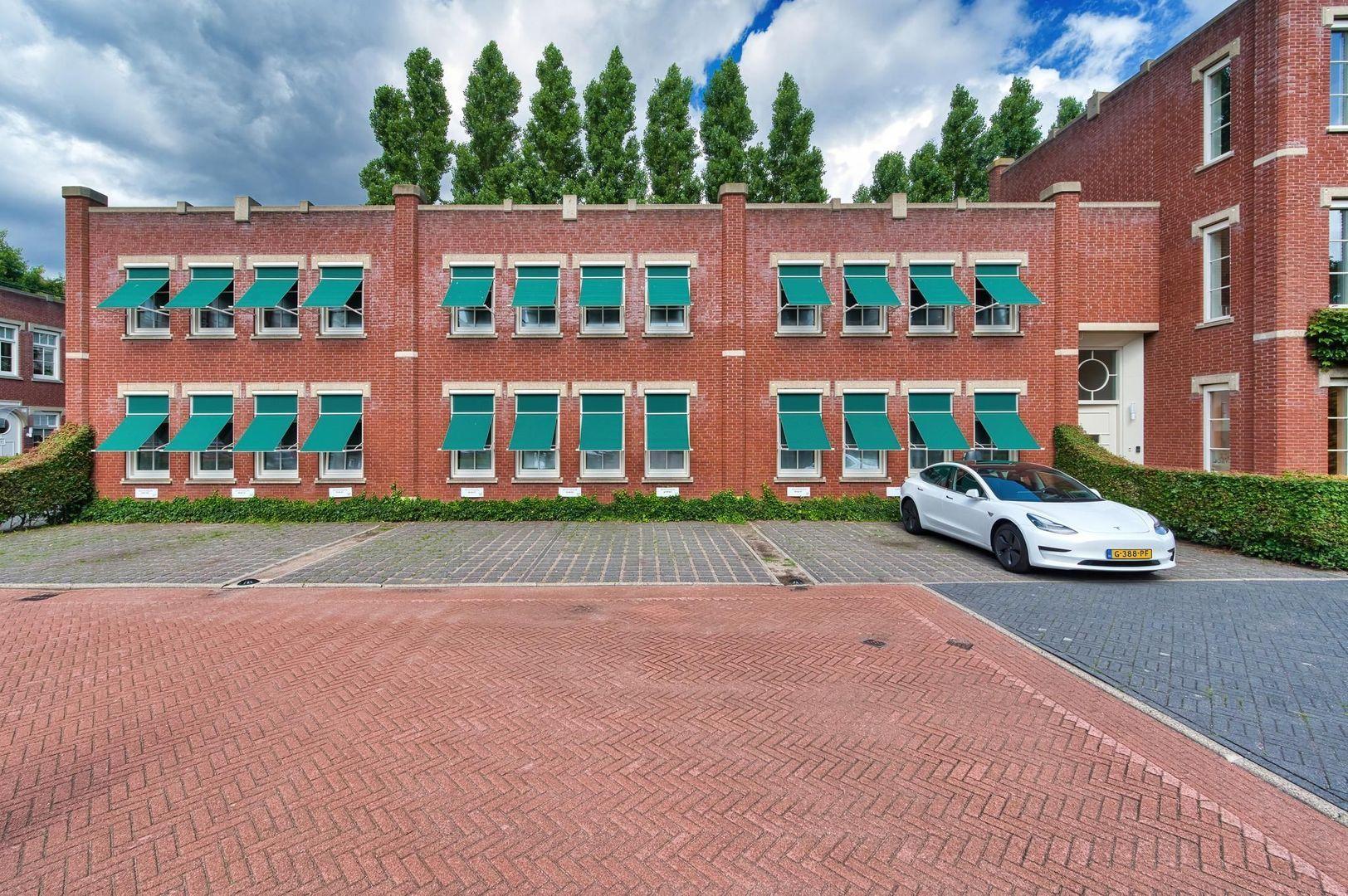 Laan van Zuid Hoorn 37, Rijswijk foto-1 blur
