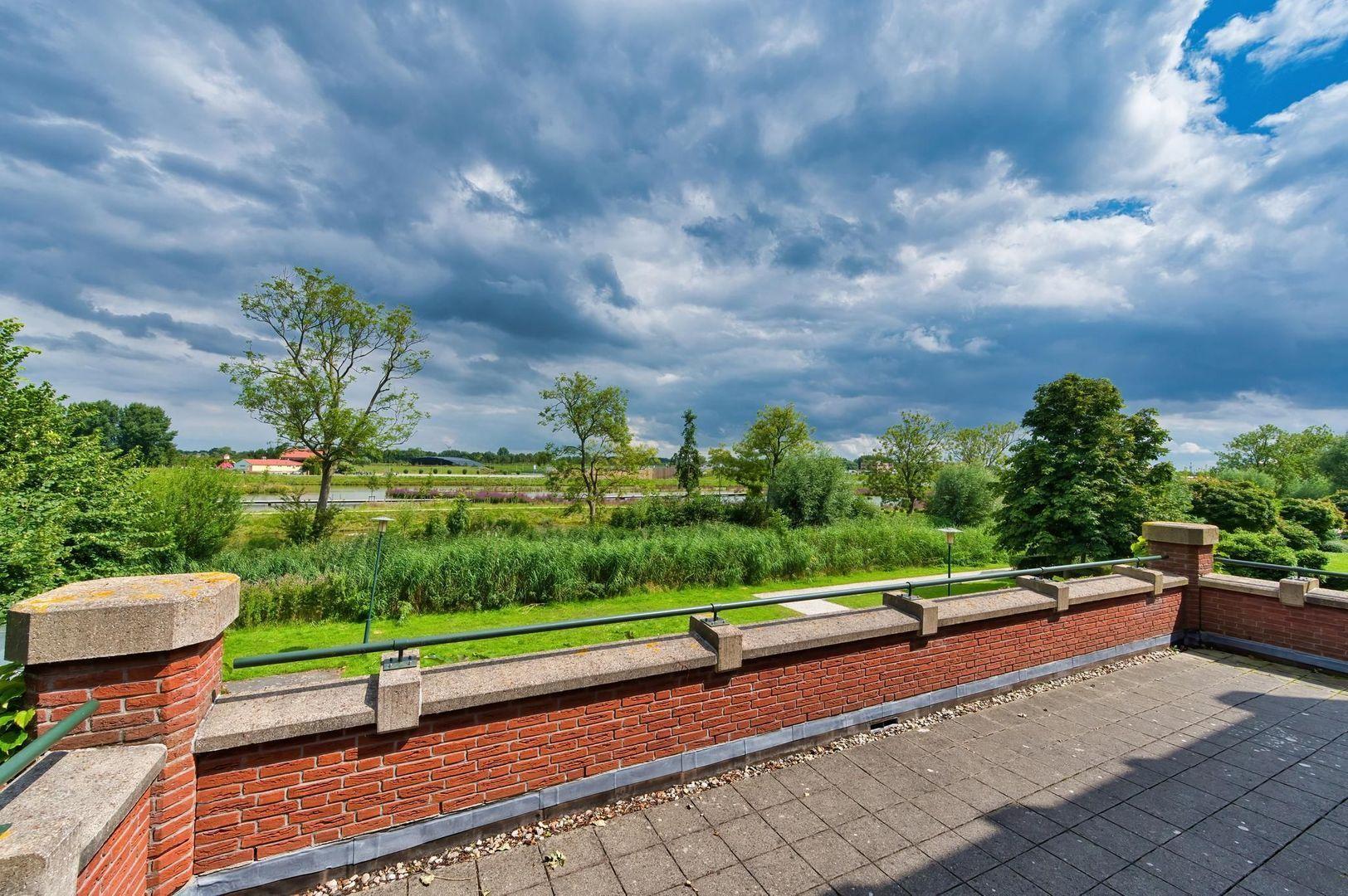 Laan van Zuid Hoorn 37, Rijswijk foto-9 blur