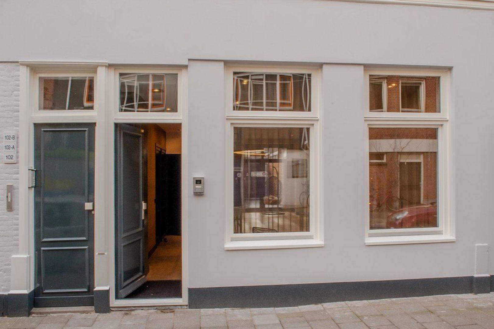 Van Brakelstraat 104, Den Haag foto-1 blur