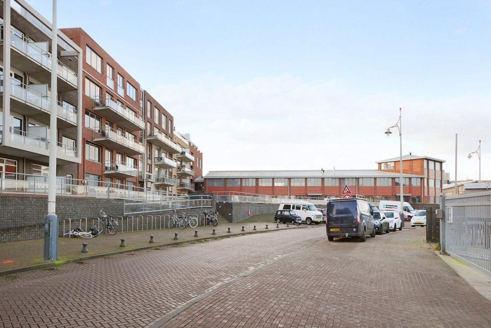 Hellingweg 68 C, Den Haag foto-36 blur