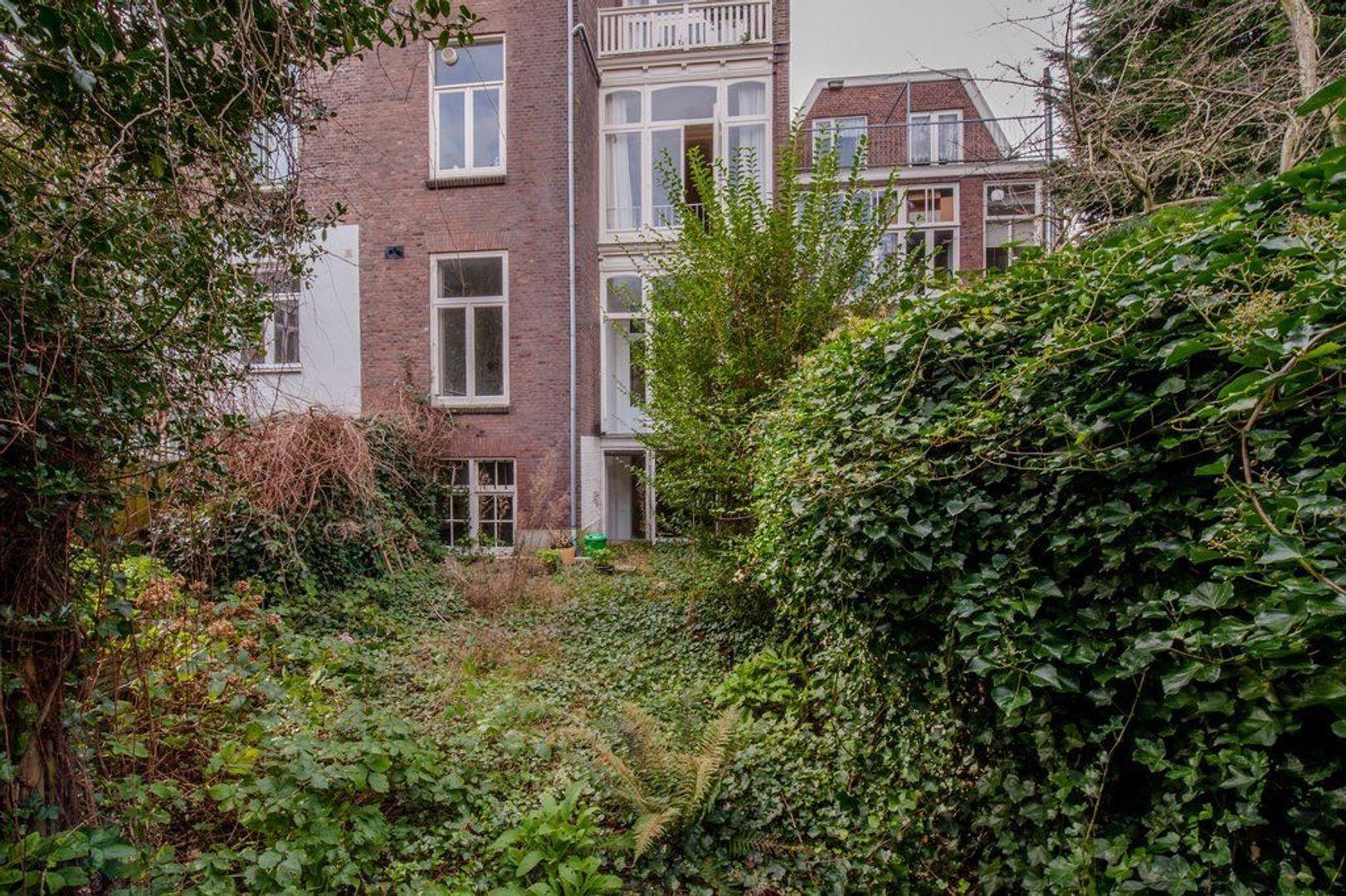 Waldeck Pyrmontkade 917, Den Haag foto-35 blur