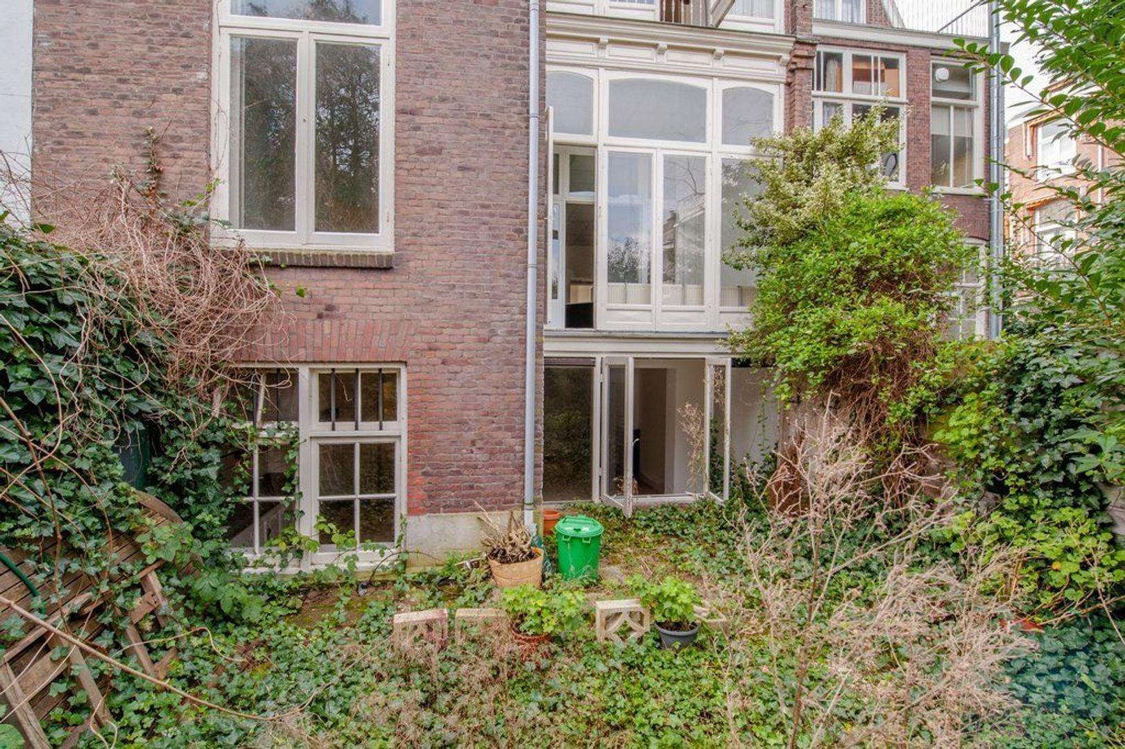 Waldeck Pyrmontkade 917, Den Haag foto-37 blur