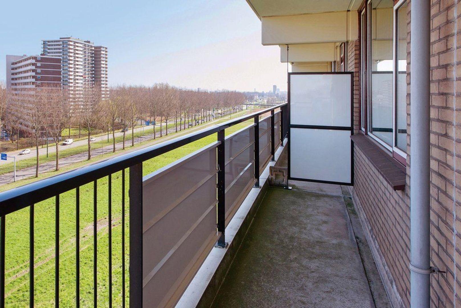 Hammarskjoldlaan 293, Rijswijk foto-20 blur