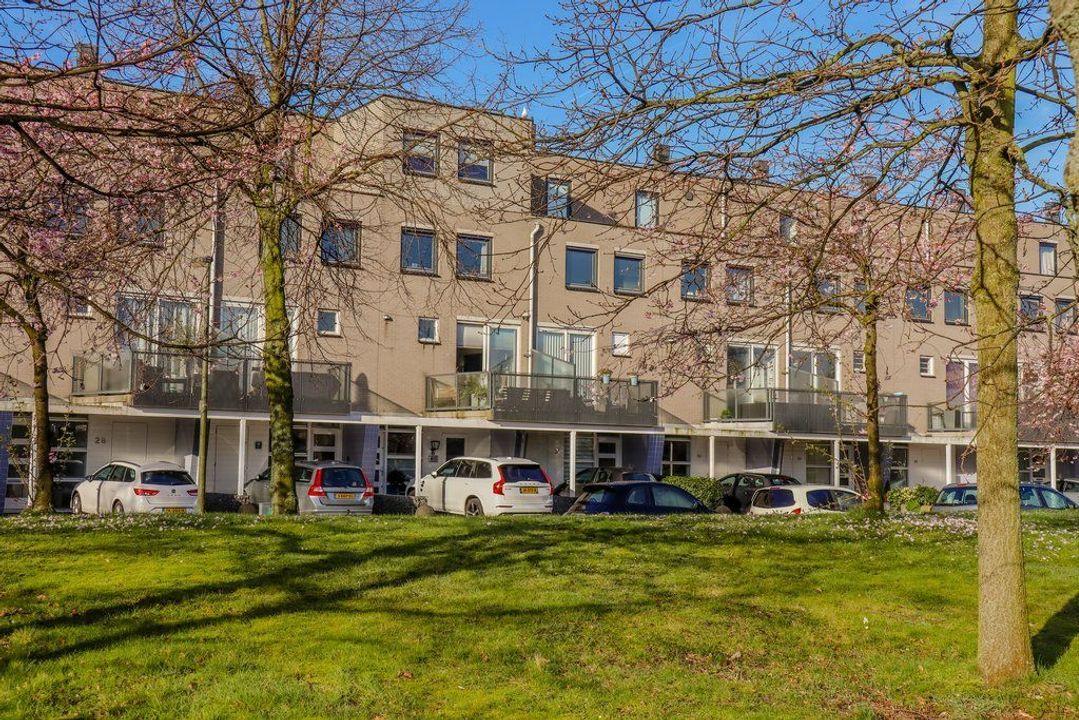 Laan van der Kroft 32, Den Haag