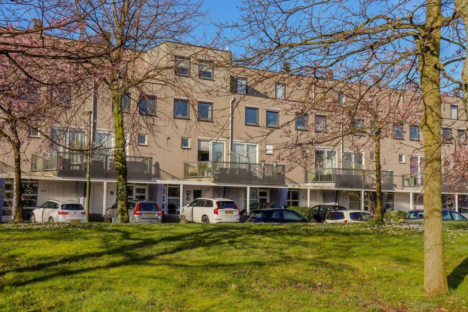 Laan van der Kroft 32, Den Haag foto-0 blur