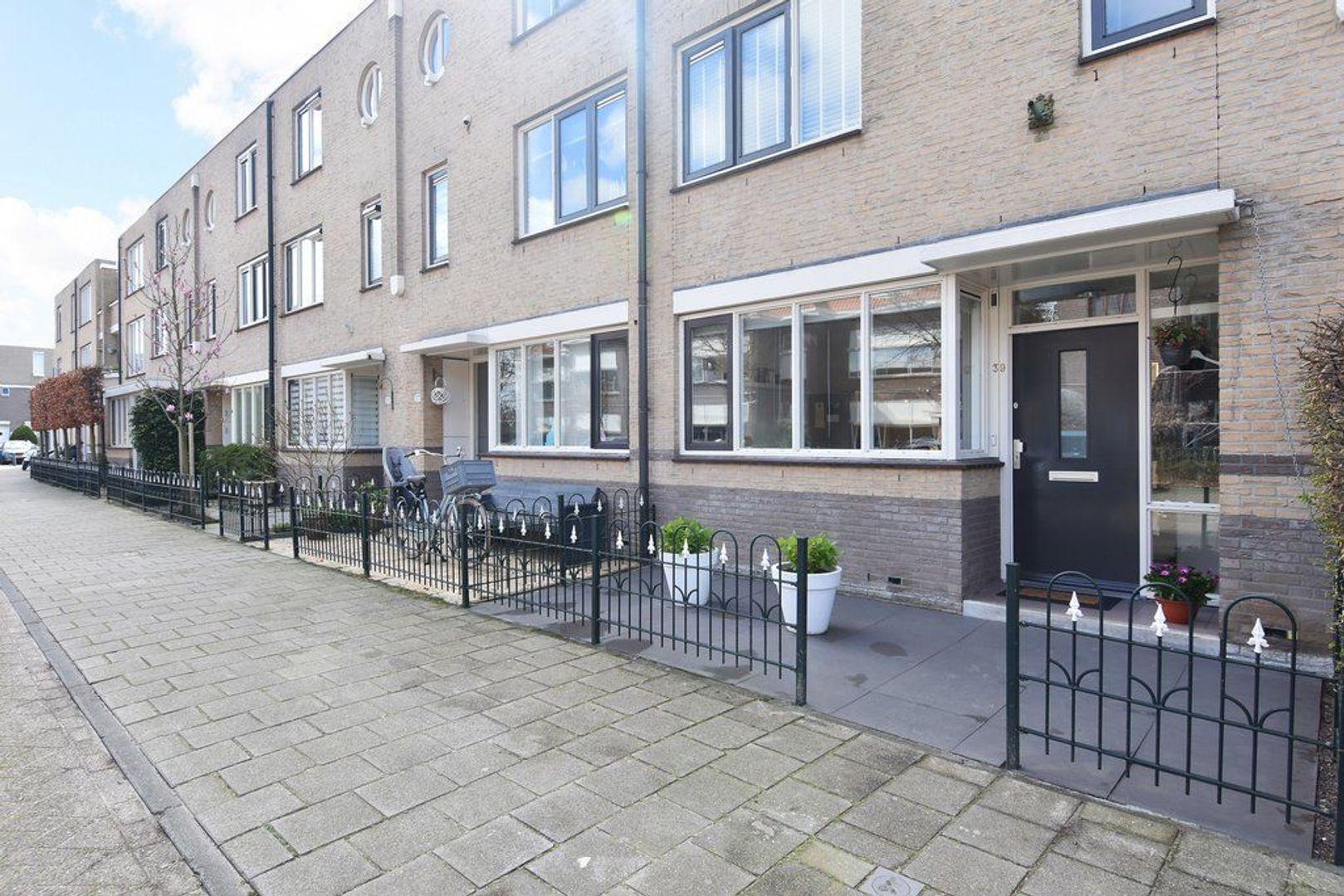 Engeringstraat 39, Den Haag foto-2 blur